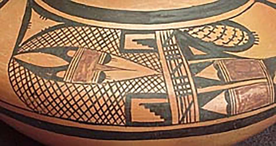 Detail, small polychrome jar, collected 1923. ASM e-2031.
