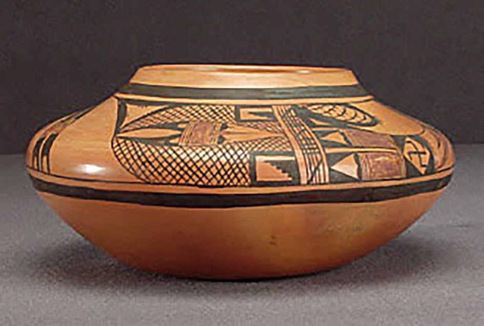 Side view, small polychrome jar, collected 1923. ASM e-2031.